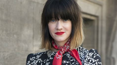 7 Ways To Wear Short Hair With Bangs