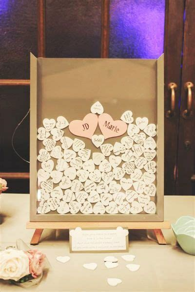 unique  creative wedding guest book ideas deer