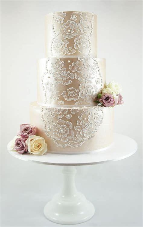three Tier Vintage Champagnee Lace Wedding Cake   Deer