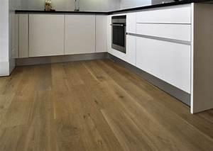 Parkett In Küche : landhausdielen schubert stone naturstein parkett ~ Markanthonyermac.com Haus und Dekorationen