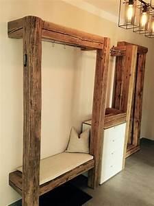 Baumstamm An Decke Befestigen : garderobe aus alten holzbalken handmade by max ~ Lizthompson.info Haus und Dekorationen