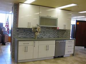 Grey and white thermofoil cabinets derektime design for Best brand of paint for kitchen cabinets with wall art canada