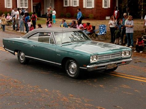 Yam Festival Parade - 1970s Plymouth classic   Photo ...
