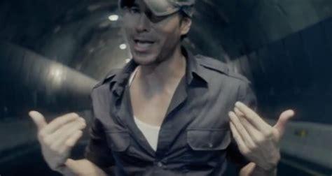 Enrique Iglesias Feat Sean Paul  'bailando' Capital