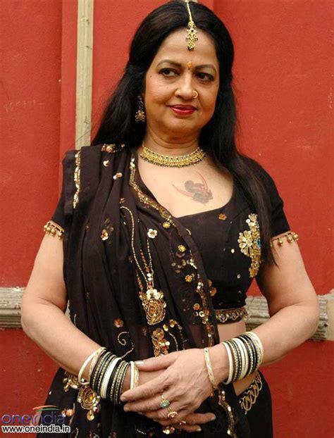 actress jyothi lakshmi gallery telugu actress jyothi lakshmi