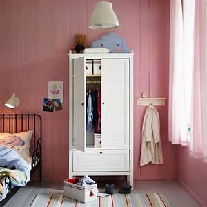 Kleiderschrank Mit Vielen Fächern : ein rosafarbenes kinderzimmer mit sundvik kleiderschrank in wei und vielen pysslingar f cher ~ Sanjose-hotels-ca.com Haus und Dekorationen