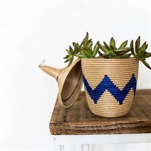 Cache Pot Plante : pot plante interieur original accueil design et mobilier ~ Teatrodelosmanantiales.com Idées de Décoration
