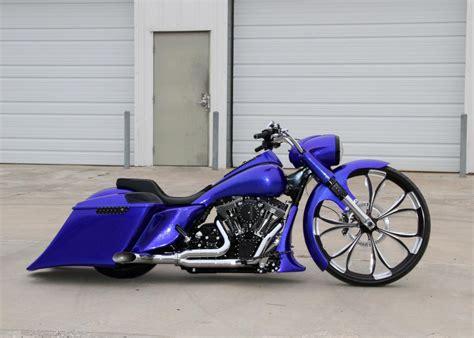 Covington's Blue30roadking Custom Bagger