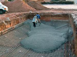 piscines jean pierre construction piscines constructeur With piscine en agglos a bancher