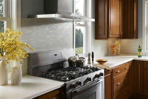 backsplash for small kitchen make the kitchen backsplash more beautiful inspirationseek