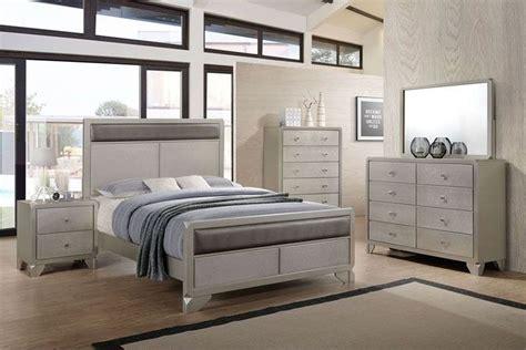 Noviss Queen Bedroom Set At Gardner White