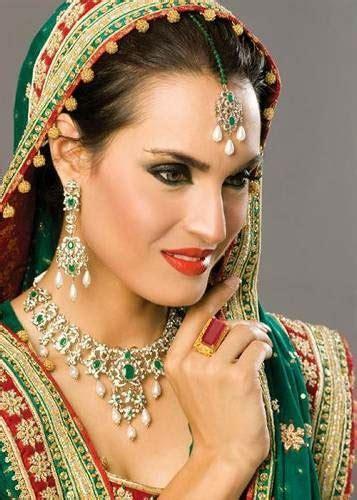 nadia hussain    hot  bridal