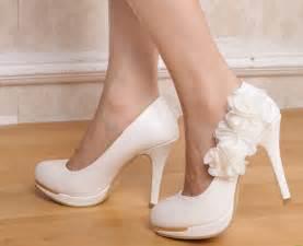 chaussure argentã pour mariage mariage quelles chaussures pour mon mariage