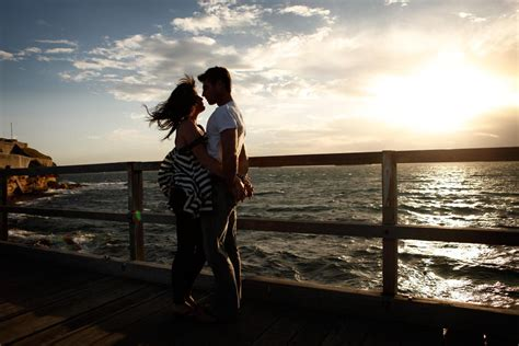 Dating Couples Vs Honeymooning Couples