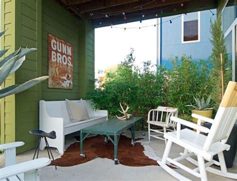 roger hazards modern farmhouse  texas hooked  houses