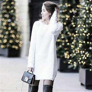 Look avec une robe pull blanche a manches longues et des for Look robe pull