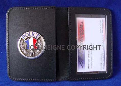 porte carte quot livre quot pour insigne nationale hollinsigne