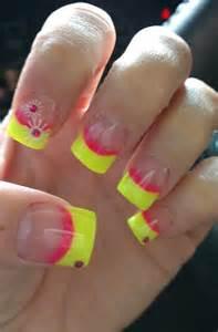 Cute nail designs with yellow : Creative yet cute yellow nail art designs girlshue