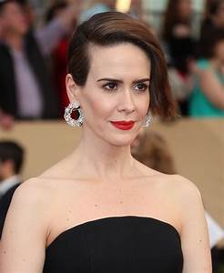 SAG Awards: Sarah Paulson Is Brunette Again - Go Fug Yourself