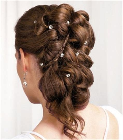 20 Beautiful Confirmation Hairstyles   EverAfterGuide