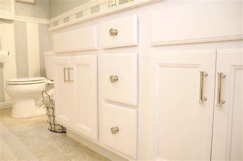 Rustoleum Cabinet Transformations Top Coat Issues by Pin Rust Oleum Cabinet Transformations Coating Kit 258240