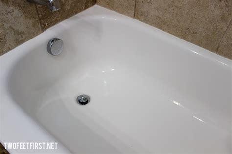 easy   clean  bathtub