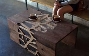 Table Basse Design Bois : la table design se m tamorphose en oeuvre d 39 art ~ Teatrodelosmanantiales.com Idées de Décoration