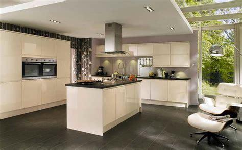 couleur mur cuisine bois cuisine noir et argent