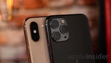 iphone camera bump    lot smaller  apple