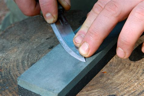 How To Sharpen A Bushcraft Knife