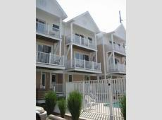 Oceanblock 3Story Townhome with 2Car Garage VRBO