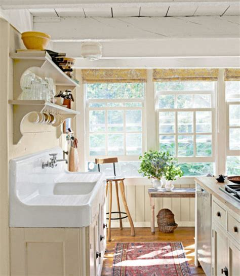 Traditional Farmhouse Decorating Ideas  Farmhouse Design. Red Accent Wall Living Room. Mr Big Live From The Living Room. Beige And Blue Living Room. Two Level Living Room. Modern Living Room Color Scheme. Living Room Colors For 2014. Small Living Dining Room. Best Paint Colours For Living Room