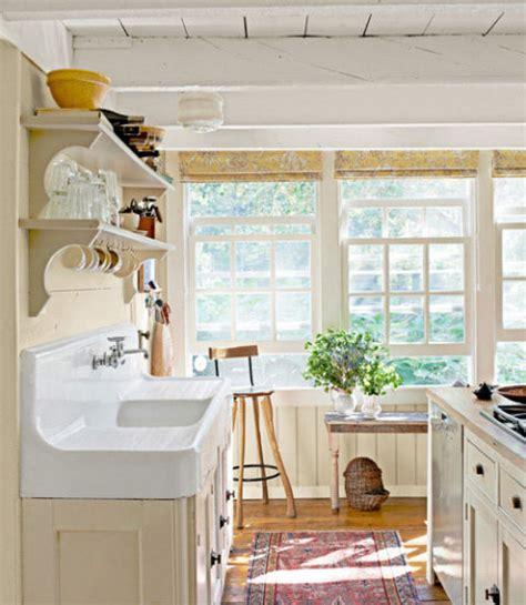 Traditional Farmhouse Decorating Ideas  Farmhouse Design
