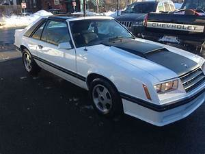 1982 Ford Mustang GT Hatchback 2-Door 5.0L - Classic Ford Mustang 1982 for sale