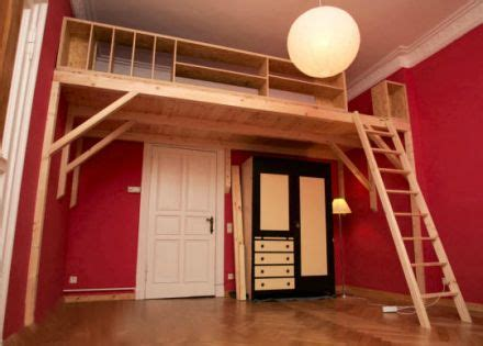 bücherregal mit leiter selber bauen hochbett kinder und jugendzimmer hochbetten hochbetten leiter und treppe