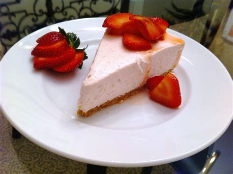 strawberry cheesecake cake no bake strawberry cheese cake andicakes