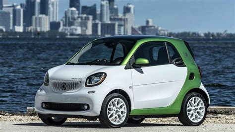 Green Car Electric by 2017 Smart Fortwo Electric Drive White Electric Green