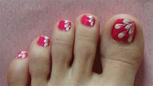 White Flower Petals Easy Design For Toe Nails ( Nails With ...