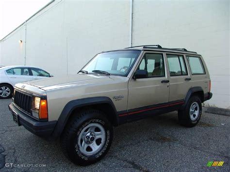 beige jeep cherokee 1994 light chagne beige metallic jeep cherokee sport