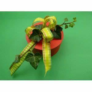 Geschenk Schleife Binden : 17 best images about geschenk basteln on pinterest hats videos and quilling ~ Orissabook.com Haus und Dekorationen