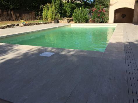 meubles de cuisine bas terrasse imitation parquet margelles de piscine en
