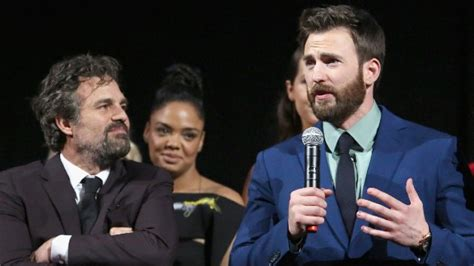 Mark Ruffalo ribs 'Avengers' co-star Chris Evans over ...