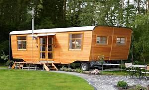 Gartenhaus Holz Gebraucht Kaufen : wohlwagen der wohlwagen ist ein gartenhaus auf r dern ein wohnwagen aus holz bauwagen ~ Whattoseeinmadrid.com Haus und Dekorationen