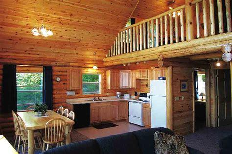 minnesota cabin rentals  pehrson lodge  bedroom cabin  loft