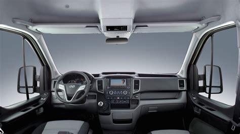 hyundai  large van revealed updated