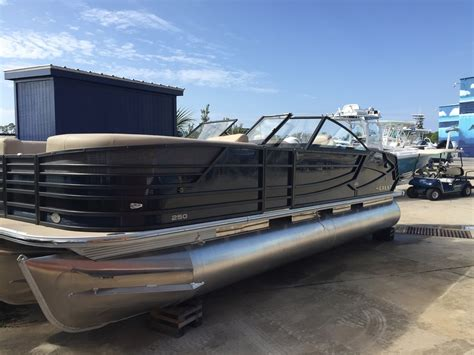 Crest Pontoon Boats For Sale by Crest Pontoon Boats Continental Boats For Sale In United
