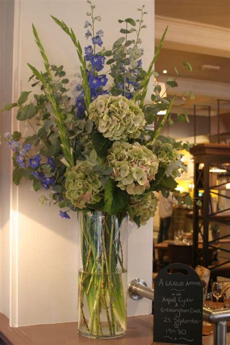hydrangea flower arrangement ideas best 25 hydrangea arrangements ideas on pinterest