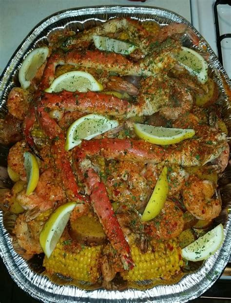 how you boil crab legs crab legs and shrimp so meaty pinterest seafood dinner crabs and crab boil