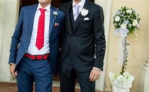 Schwarzer Anzug Blaue Krawatte : blauer anzug krawatte ~ Frokenaadalensverden.com Haus und Dekorationen