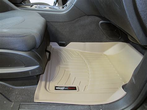 Chevy Traverse Floor Mats by Floor Mats For 9348 Chevrolet Traverse Weathertech Wt452511